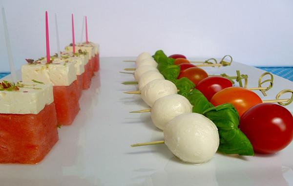sir-i-pomidory-na-shapazhkah