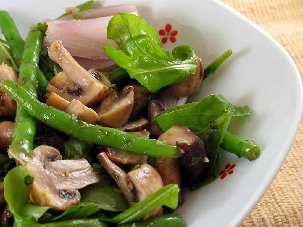 салаты без майонеза: салат со спаржевой фасолью