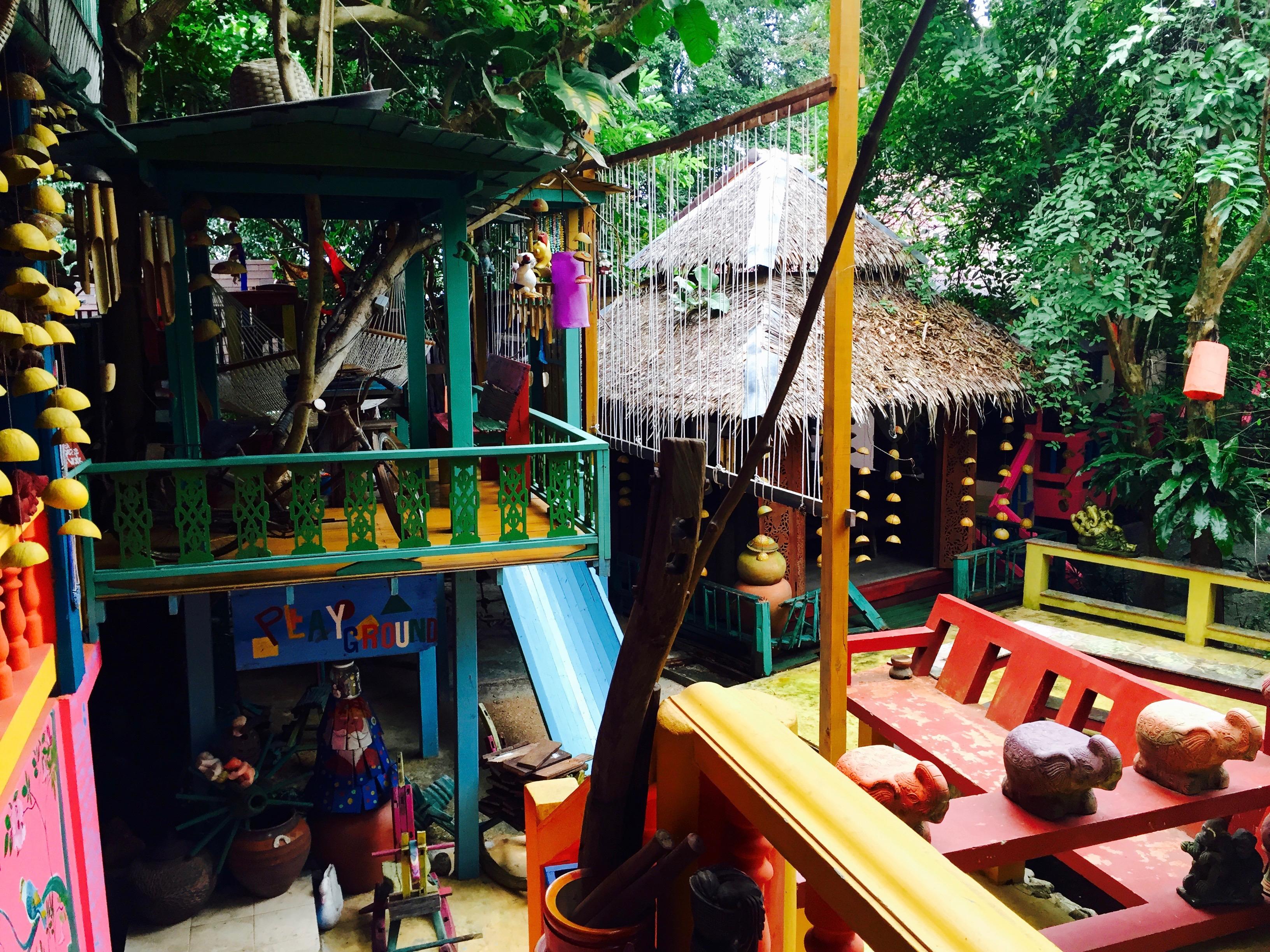 Детская площадка в ресторанчике