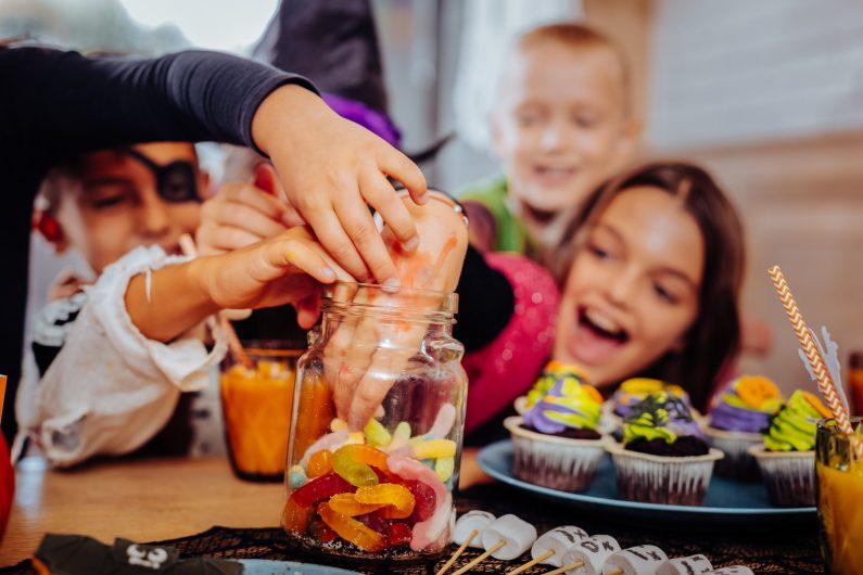 сколько сахара можно есть детям
